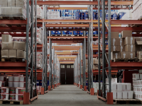 Logistique, entretien des entrepôts, entrepôts de stockage, nettoyage industriel, professionnels, enlèvement,
